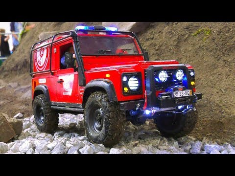RC SCALE MODEL 4x4 TRAIL FIRE TRUCK CRAWLER LAND ROVER DEFENDER IN ACTION!! *RC SCALER