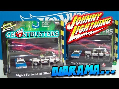 DIORAMA - GHOSTBUSTERS ECTO 1A & DODGE MONACO JOHNNY LIGHTNING 2017