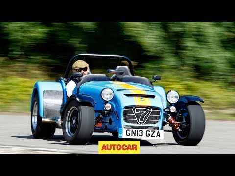 Caterham 620R slays Volkswagen Golf GTI - Caterham