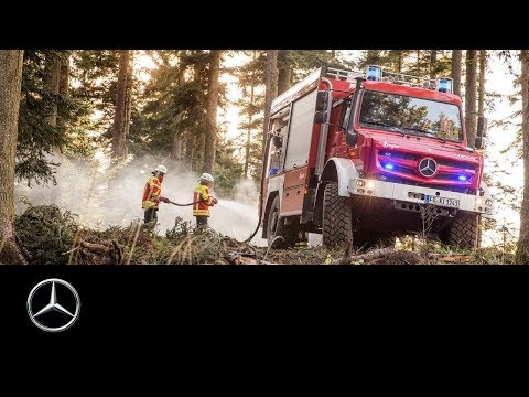 Mercedes-Benz Unimog: Extreme off-road fire truck