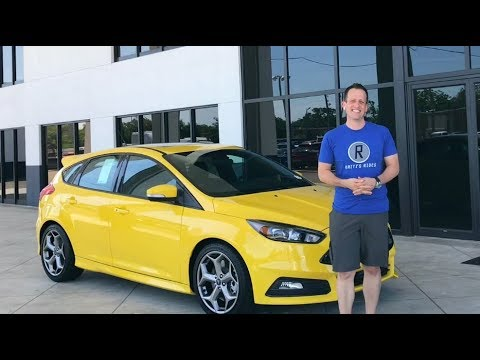 SHOULD you buy the FINAL YEAR? 2018 Ford Focus ST 3 - Raiti