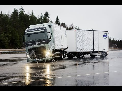 Volvo Trucks - Zero Accidents! The ultimate challenge