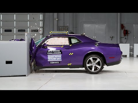 2016 Dodge Challenger driver-side small overlap IIHS crash test