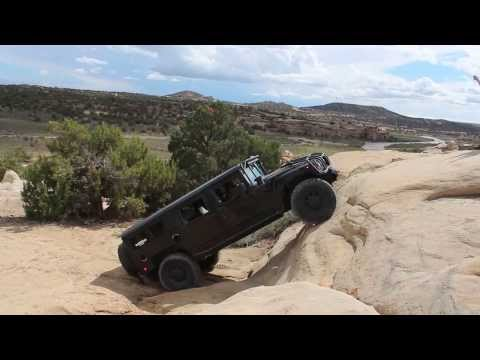 Hummer H1 Climbs Steep Rock Face In New Mexico