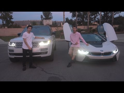 RANGE ROVER VS BMW i8 RACE!!
