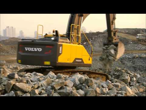 Volvo EC250E-EC300E crawler excavators promotional video