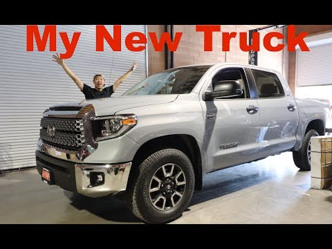 5 Reasons I Bought A 2018 Toyota Tundra Over A Ford F150