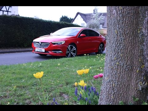 Vauxhall Insignia First Drive