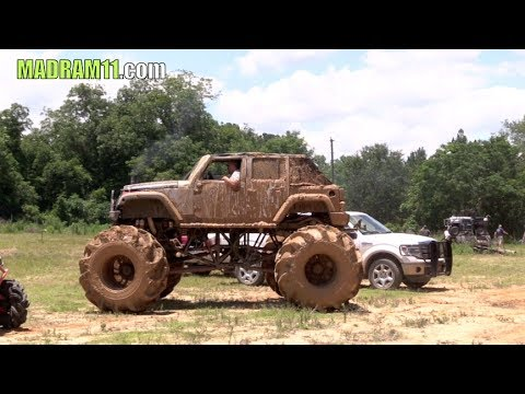 MONSTER DIESEL JEEP HITS NASTY BOUNTY HOLE
