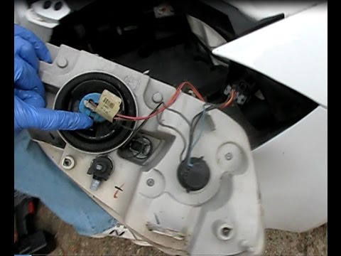 How to replace a headlamp in Chevrolet Cobalt or Pontiac G5, 2005-2010